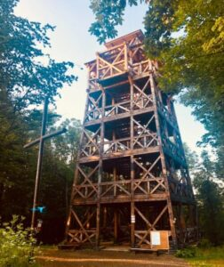 Wieża widokowa dostępna dla turystów