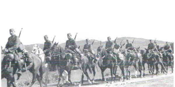 wrzesien-39-oddzial-kawalerii-slowackiej-przekacza-przekracza-granice-panstwpowa-w-polsce